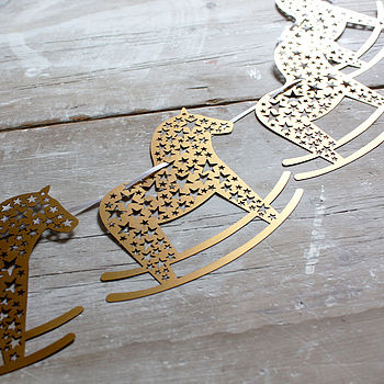 normal_laser-cut-rocking-horse-bunting (1)