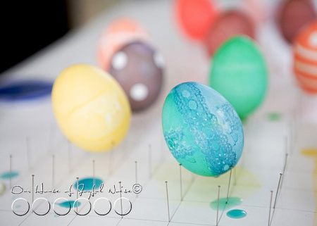 026_coloring_Easter_eggs